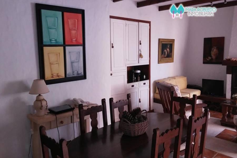 Pinamar,Buenos Aires,Argentina,2 Bedrooms Bedrooms,2 BathroomsBathrooms,Apartamentos,AV. MAR 2100 DPTO 14,5644