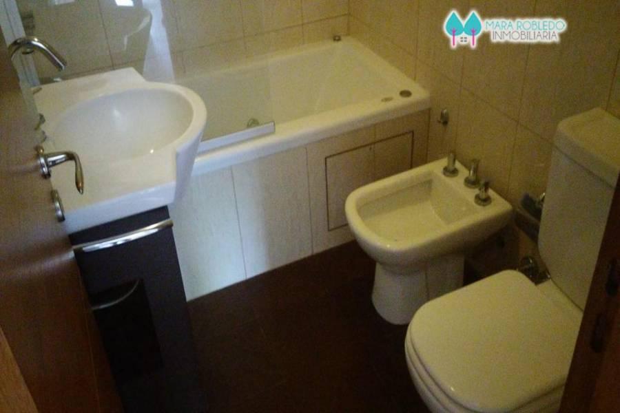 Pinamar,Buenos Aires,Argentina,2 Bedrooms Bedrooms,2 BathroomsBathrooms,Apartamentos,CARACOL 97 ,5652