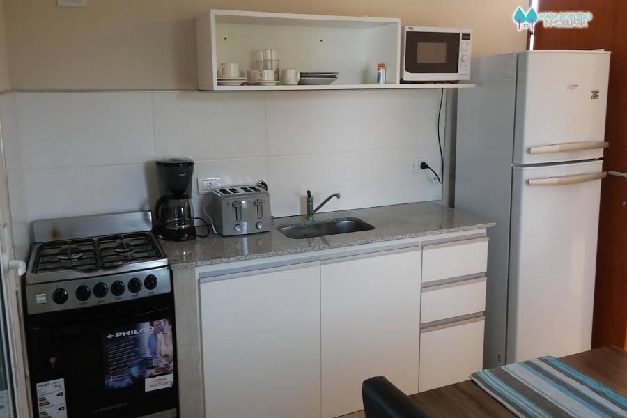 Pinamar,Buenos Aires,Argentina,1 Dormitorio Bedrooms,2 BathroomsBathrooms,Apartamentos,DEL CAZON ,5660