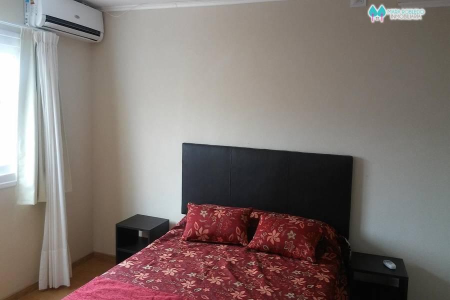 Pinamar,Buenos Aires,Argentina,2 Bedrooms Bedrooms,2 BathroomsBathrooms,Apartamentos,DEL CAZON ,5678