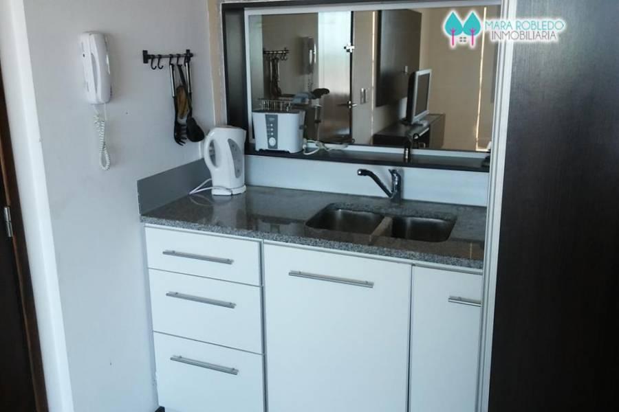 Pinamar,Buenos Aires,Argentina,3 Bedrooms Bedrooms,2 BathroomsBathrooms,Apartamentos,ALMEJAS ,2,5727