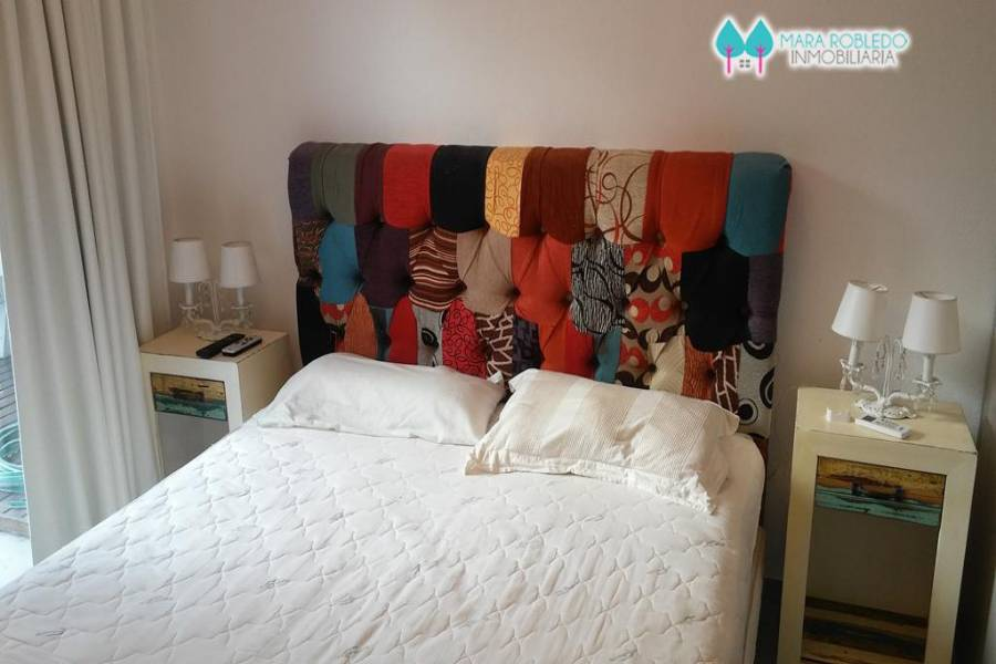 Pinamar,Buenos Aires,Argentina,2 Bedrooms Bedrooms,2 BathroomsBathrooms,Apartamentos,AV BUNGE,5733