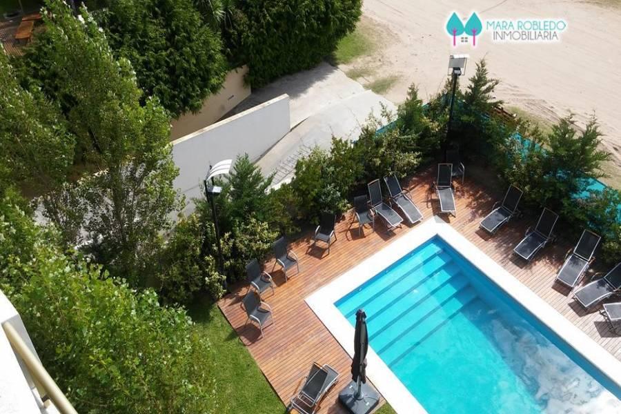 Pinamar,Buenos Aires,Argentina,2 Bedrooms Bedrooms,2 BathroomsBathrooms,Apartamentos,AV BUNGE,5735