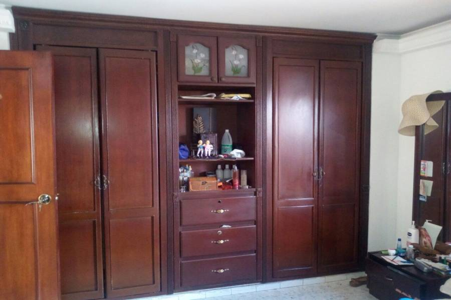 Cali,Valle del Cauca,Colombia,4 Bedrooms Bedrooms,3 BathroomsBathrooms,Apartamentos,2,5738