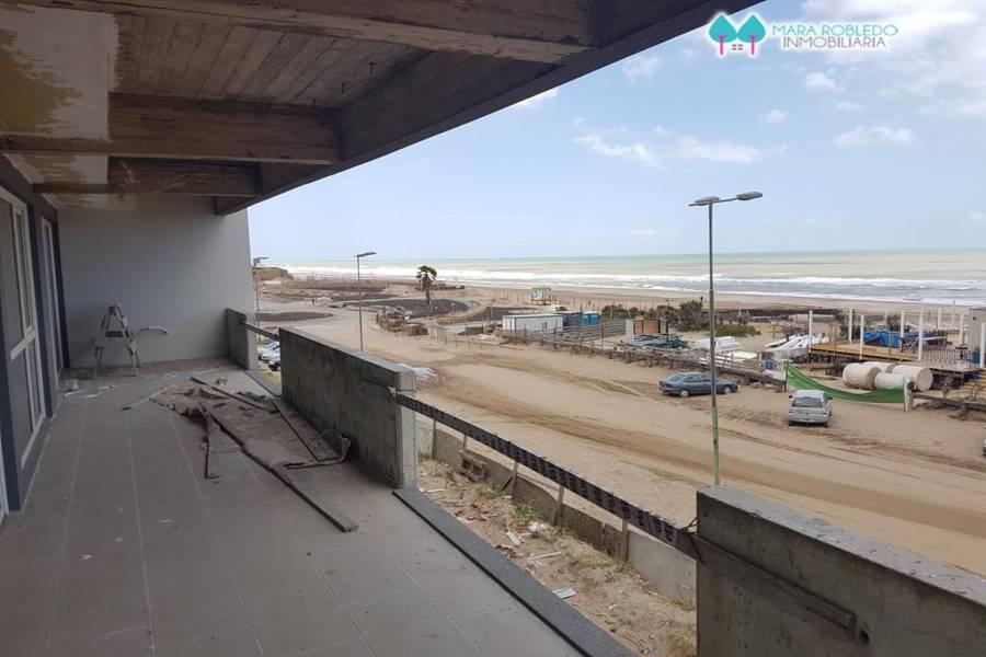 Pinamar,Buenos Aires,Argentina,2 Bedrooms Bedrooms,2 BathroomsBathrooms,Apartamentos,AV DEL MAR Y ALMEJAS,5742