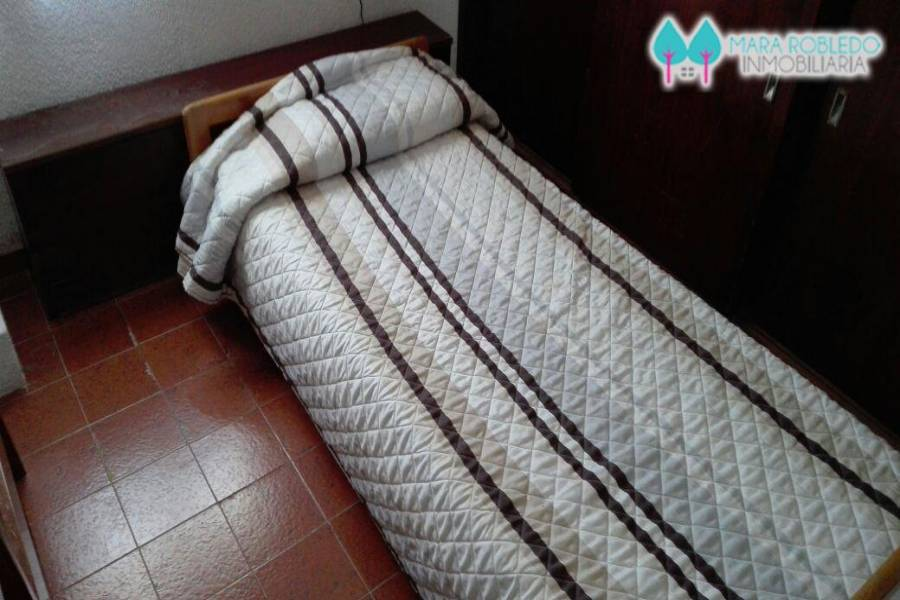 Pinamar,Buenos Aires,Argentina,2 Bedrooms Bedrooms,1 BañoBathrooms,Apartamentos,AV MAR,2,5743