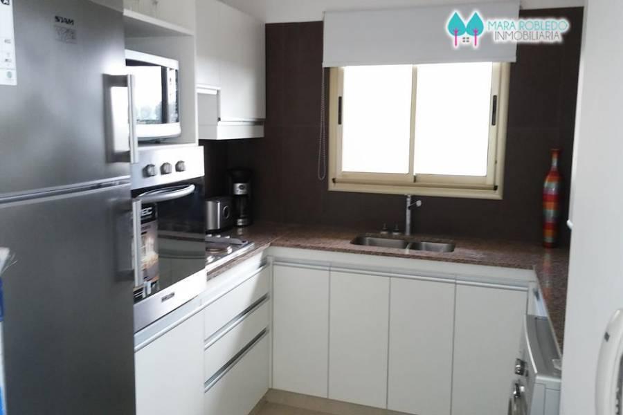 Pinamar,Buenos Aires,Argentina,1 Dormitorio Bedrooms,1 BañoBathrooms,Apartamentos,AV. BUNGE ,3,5751