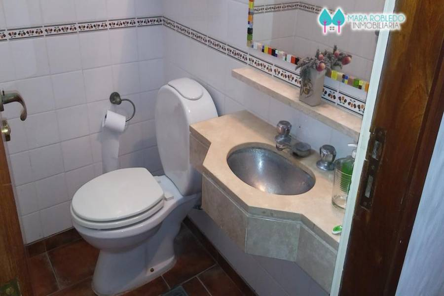 Pinamar,Buenos Aires,Argentina,2 Bedrooms Bedrooms,2 BathroomsBathrooms,Apartamentos,AV. MAR 2100,5753
