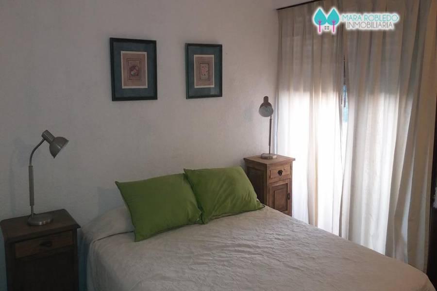 Pinamar,Buenos Aires,Argentina,2 Bedrooms Bedrooms,Apartamentos,BURRIQUETAS,1,5786