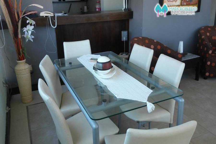 Pinamar,Buenos Aires,Argentina,2 Bedrooms Bedrooms,2 BathroomsBathrooms,Apartamentos,CARACOL ,2,5789