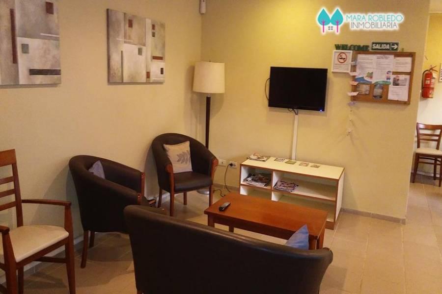 Pinamar,Buenos Aires,Argentina,2 Bedrooms Bedrooms,2 BathroomsBathrooms,Apartamentos,DE LAS GAVIOTAS ,5795