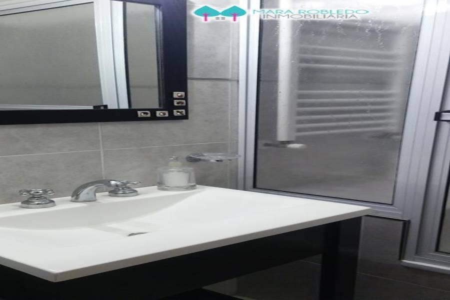 Pinamar,Buenos Aires,Argentina,2 Bedrooms Bedrooms,2 BathroomsBathrooms,Apartamentos,DEL CAZON ,5800