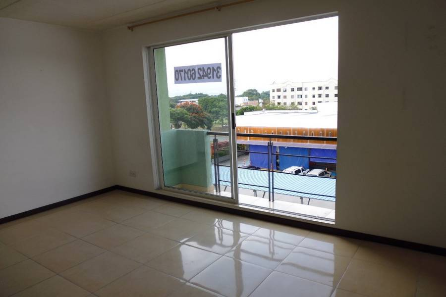 Cali,Valle del Cauca,Colombia,3 Bedrooms Bedrooms,2 BathroomsBathrooms,Apartamentos,14c,5851