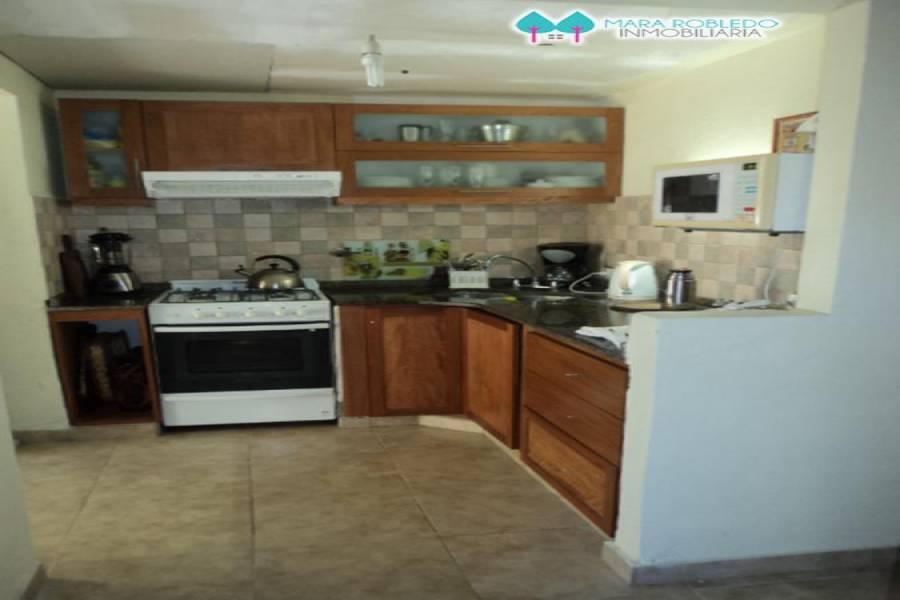 Pinamar,Buenos Aires,Argentina,3 Bedrooms Bedrooms,2 BathroomsBathrooms,Duplex-Triplex,DE LOS LANGOSTINOS ,5882