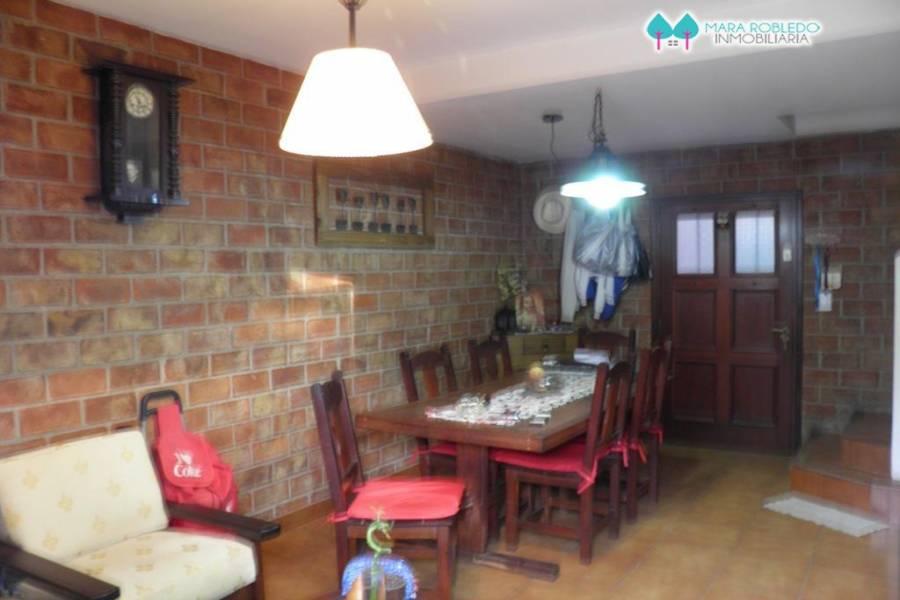 Pinamar,Buenos Aires,Argentina,3 Bedrooms Bedrooms,2 BathroomsBathrooms,Duplex-Triplex,DEL CARACOL ,5883
