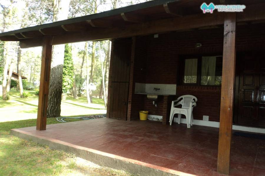 Carilo,Buenos Aires,Argentina,4 Bedrooms Bedrooms,3 BathroomsBathrooms,Casas,PALMERA ,5896