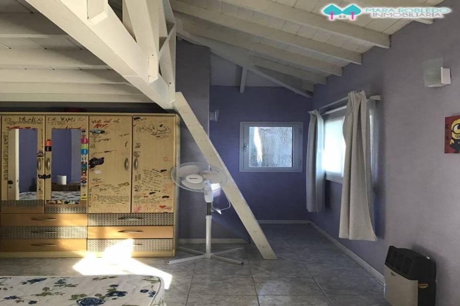 Valeria del Mar,Buenos Aires,Argentina,3 Bedrooms Bedrooms,2 BathroomsBathrooms,Casas,CBTA JULIETA Y ARCACHON,5931