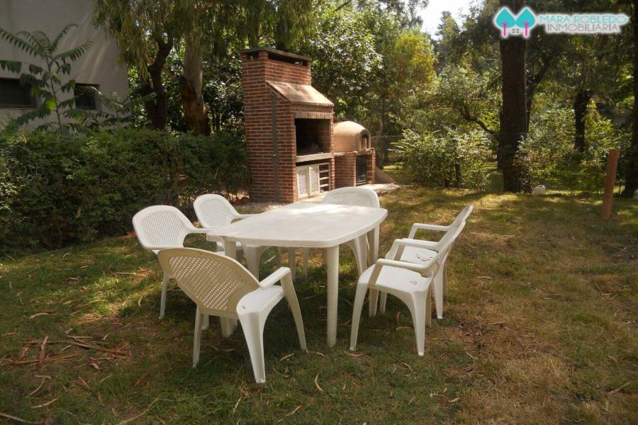 Valeria del Mar,Buenos Aires,Argentina,3 Bedrooms Bedrooms,2 BathroomsBathrooms,Casas,EL CANO ,5937