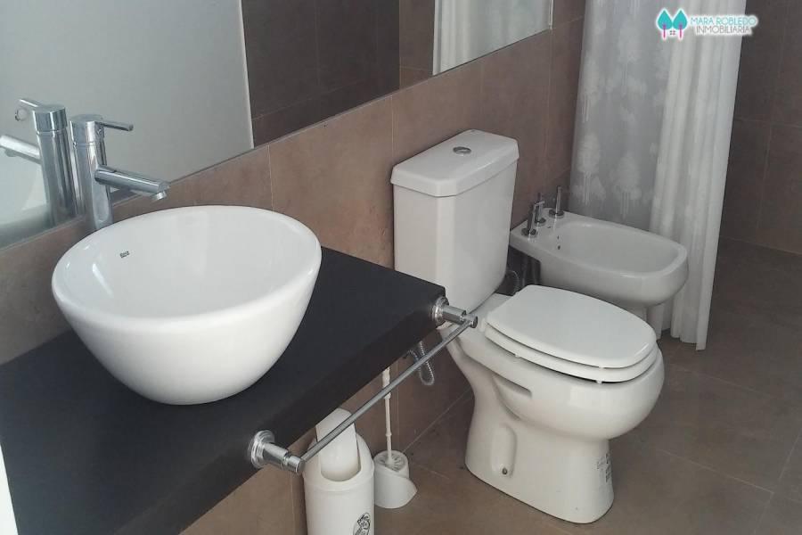 Costa Esmeralda,Buenos Aires,Argentina,4 Bedrooms Bedrooms,4 BathroomsBathrooms,Casas,ECUESTRE LOTE 383,5982