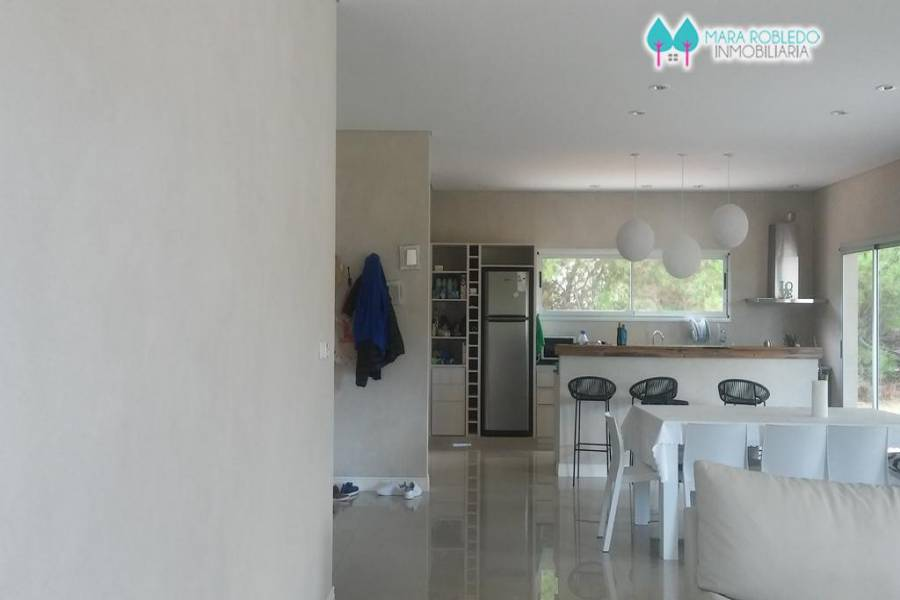 Costa Esmeralda,Buenos Aires,Argentina,4 Bedrooms Bedrooms,4 BathroomsBathrooms,Casas,GOLF 1 LOTE 276,5999