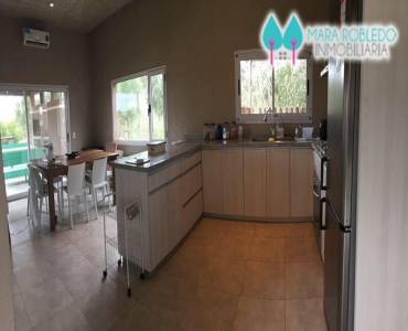 Costa Esmeralda,Buenos Aires,Argentina,4 Bedrooms Bedrooms,4 BathroomsBathrooms,Casas,6000