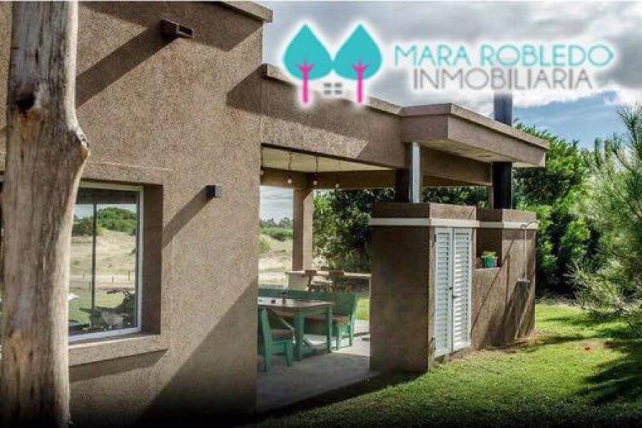 Costa Esmeralda,Buenos Aires,Argentina,4 Bedrooms Bedrooms,4 BathroomsBathrooms,Casas,GOLF 1 LOTE 52,6001