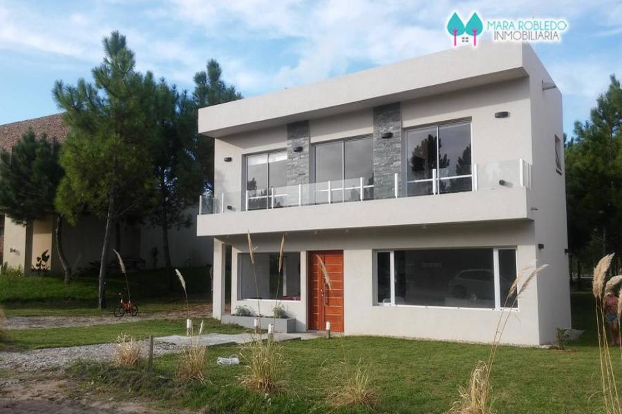 Costa Esmeralda,Buenos Aires,Argentina,5 Bedrooms Bedrooms,4 BathroomsBathrooms,Casas,GOLF 2 LOTE 348,6009