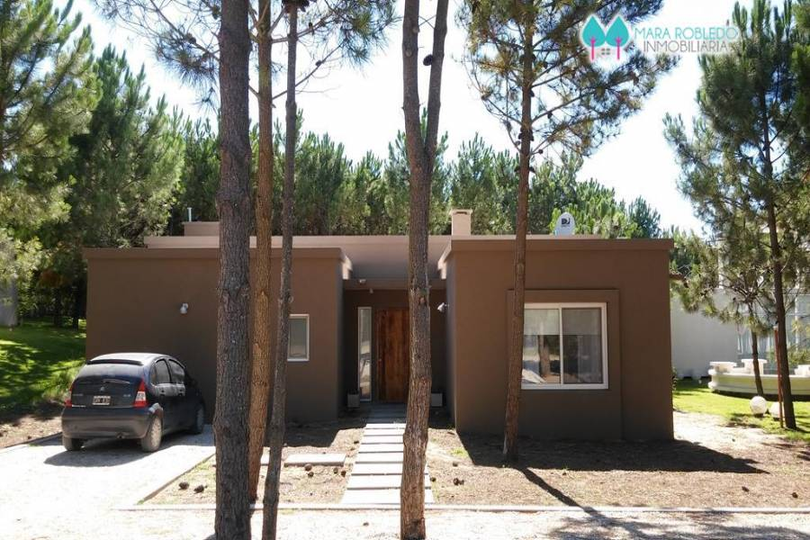 Costa Esmeralda,Buenos Aires,Argentina,4 Bedrooms Bedrooms,4 BathroomsBathrooms,Casas,GOLF 2 LOTE 541,6013