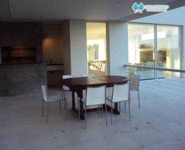 Costa Esmeralda,Buenos Aires,Argentina,4 Bedrooms Bedrooms,4 BathroomsBathrooms,Casas,GOLF 2 LOTE 578,6015