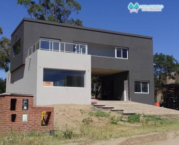 Costa Esmeralda,Buenos Aires,Argentina,4 Bedrooms Bedrooms,3 BathroomsBathrooms,Casas,GOLF 2 LOTE 631,6017