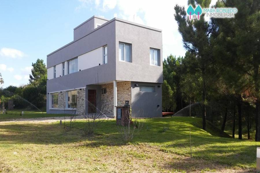 Costa Esmeralda,Buenos Aires,Argentina,4 Bedrooms Bedrooms,4 BathroomsBathrooms,Casas,GOLF 2 LOTE 640,6019