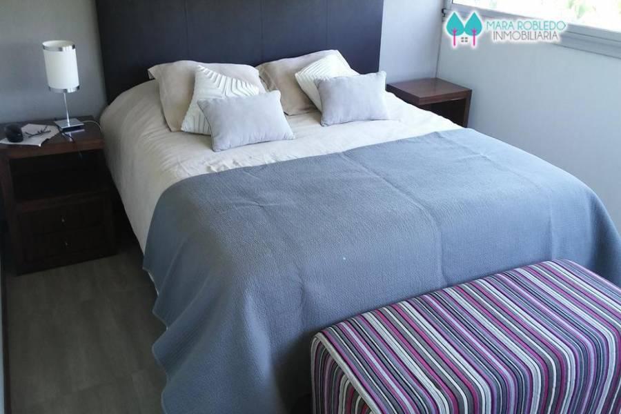 Costa Esmeralda,Buenos Aires,Argentina,4 Bedrooms Bedrooms,4 BathroomsBathrooms,Casas,GOLF 2 LOTE 643,6020