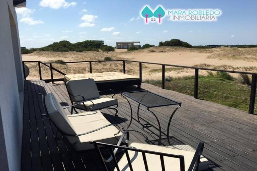 Costa Esmeralda,Buenos Aires,Argentina,4 Bedrooms Bedrooms,4 BathroomsBathrooms,Casas,RESIDENCIAL 1 LOTE 645,6044