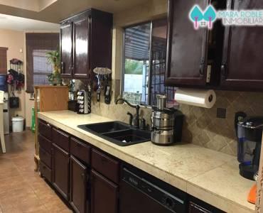 Las Vegas,New Mexico,USA,4 Bedrooms Bedrooms,3 BathroomsBathrooms,Casas,3201 HARBOR VISTA ST. NV 89117 THE LAKES,6144
