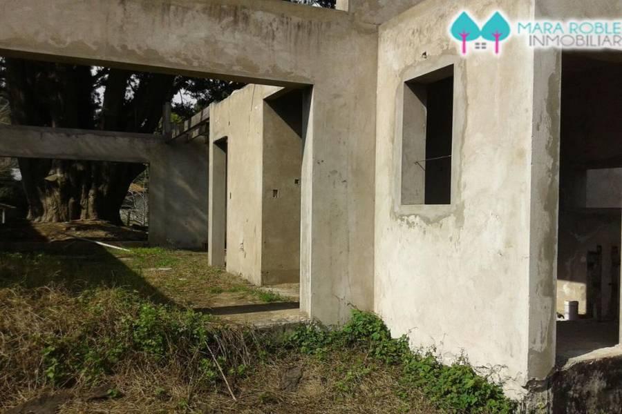Villa Gesell,Buenos Aires,Argentina,3 Bedrooms Bedrooms,2 BathroomsBathrooms,Casas,AV 8 ENTRE 118 Y 120,6145