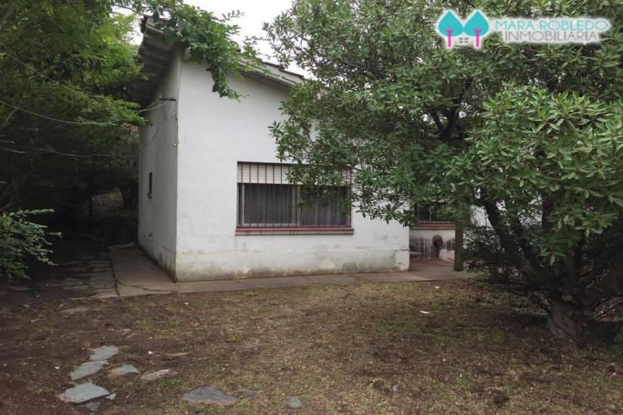 Villa Gesell,Buenos Aires,Argentina,2 Bedrooms Bedrooms,1 BañoBathrooms,Casas,PASEO 121 Y CALLE NRO. 10,6149