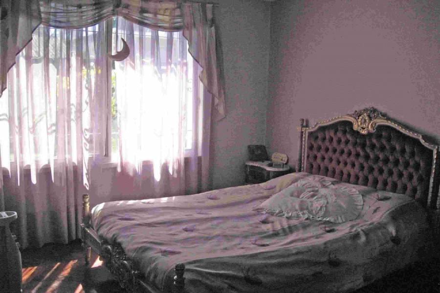 Moron,Buenos Aires,Argentina,2 Bedrooms Bedrooms,1 BañoBathrooms,Casas,MAXIMO PAZ ,6158