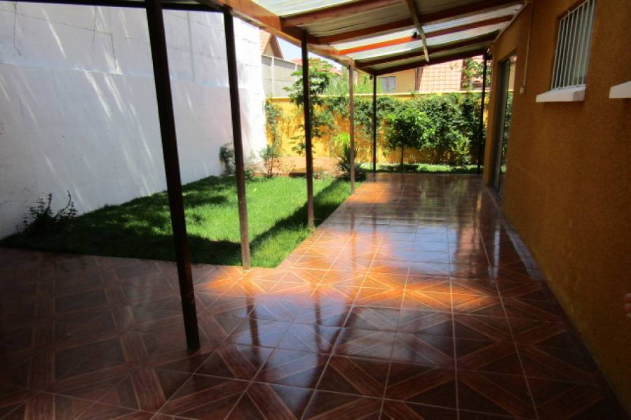 IMPERDIBLE! VER INFO...,4 Bedrooms Bedrooms,2 BathroomsBathrooms,Casas,Los Torreones del Carmen,6164