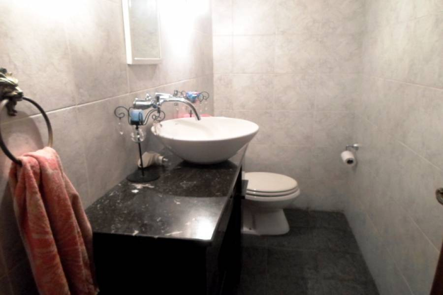 Caballito,Capital Federal,Argentina,2 Bedrooms Bedrooms,1 BañoBathrooms,Casas,YERBAL,6182