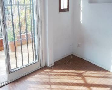 Flores,Capital Federal,Argentina,2 Bedrooms Bedrooms,2 BathroomsBathrooms,Casas,ESPARTACO,6207