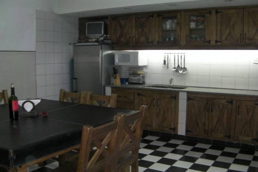 Flores,Capital Federal,Argentina,2 Bedrooms Bedrooms,1 BañoBathrooms,Casas,ESPARTACO,6222