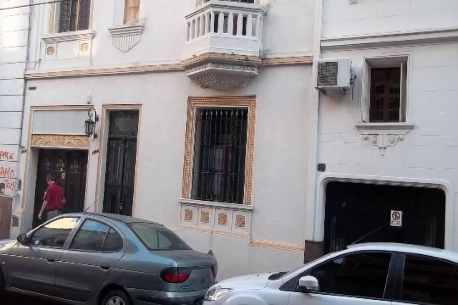 Flores,Capital Federal,Argentina,2 Bedrooms Bedrooms,1 BañoBathrooms,Casas,TIMBO ,6226