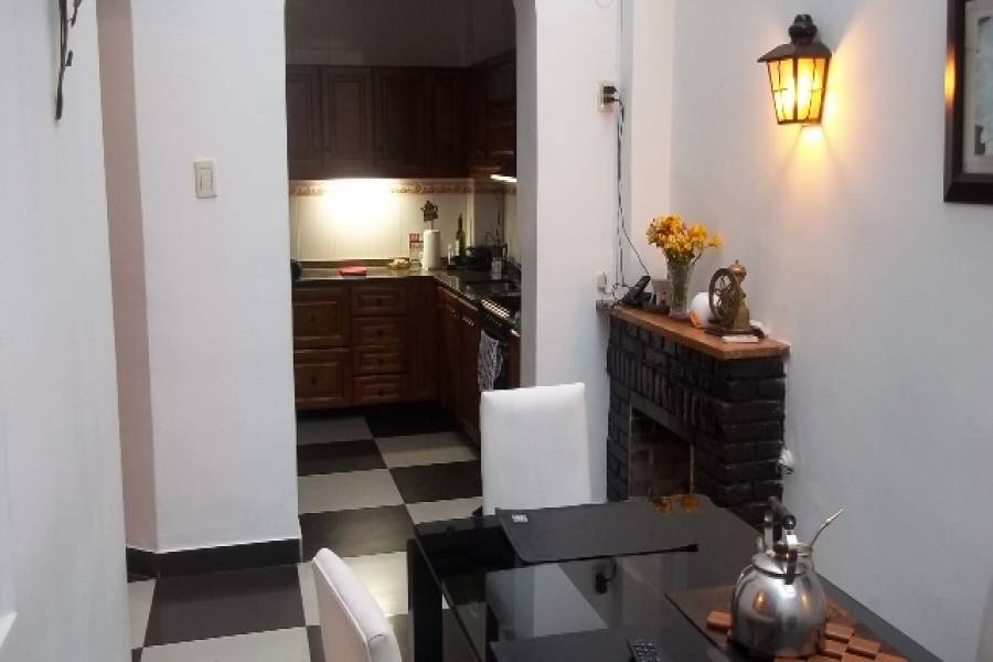 Flores,Capital Federal,Argentina,2 Bedrooms Bedrooms,1 BañoBathrooms,Casas,TIMBO ,6226