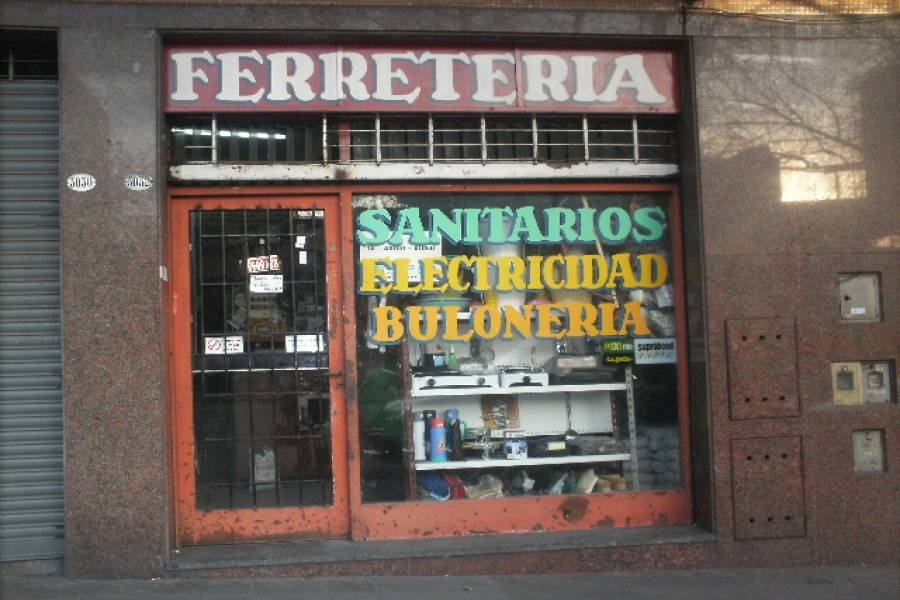 Flores,Capital Federal,Argentina,Local comercial,EVA PERON ,6323