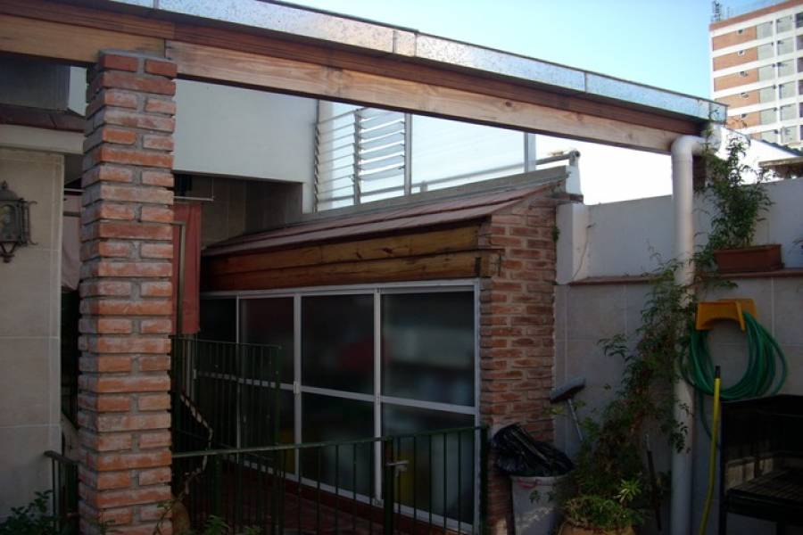 Caballito,Capital Federal,Argentina,2 Bedrooms Bedrooms,1 BañoBathrooms,PH Tipo Casa,MENDEZ DE ANDES ,6347