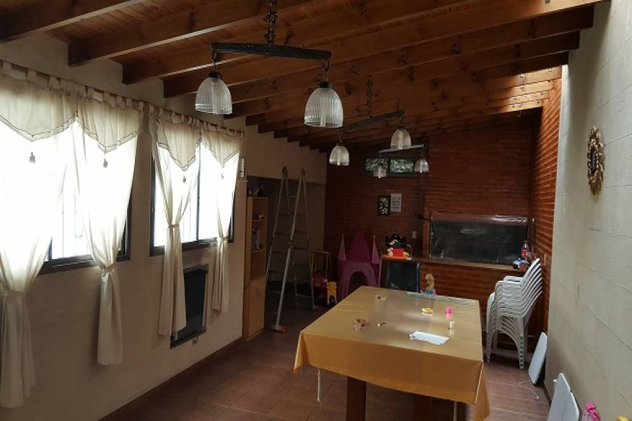 Flores,Capital Federal,Argentina,2 Bedrooms Bedrooms,1 BañoBathrooms,PH Tipo Casa,CONDARCO,6348