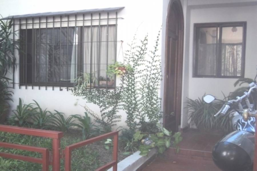 Floresta,Capital Federal,Argentina,2 Bedrooms Bedrooms,1 BañoBathrooms,PH Tipo Casa,RAFAELA,6350