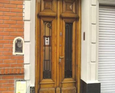 Flores,Capital Federal,Argentina,21 Bedrooms Bedrooms,1 BañoBathrooms,PH Tipo Casa,LAUTARO,6352