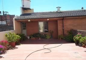 Flores,Capital Federal,Argentina,2 Bedrooms Bedrooms,1 BañoBathrooms,PH Tipo Casa,RIVADAVIA,6358