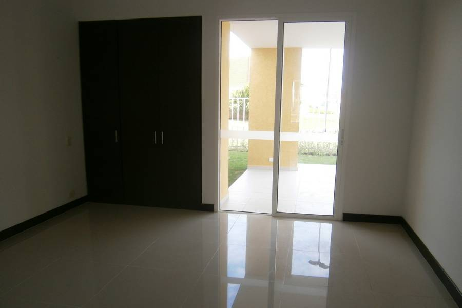 IMPERDIBLE! VER INFO...,3 Bedrooms Bedrooms,3 BathroomsBathrooms,Casas,6368